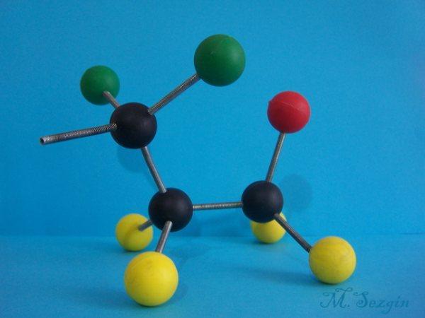 Komik Moleküller